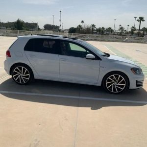 Volkswagen Golf 7 BVA - Location voitures Casablanca